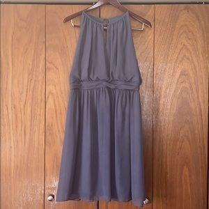 Sleeveless Gray Dress w/Tie in the Back